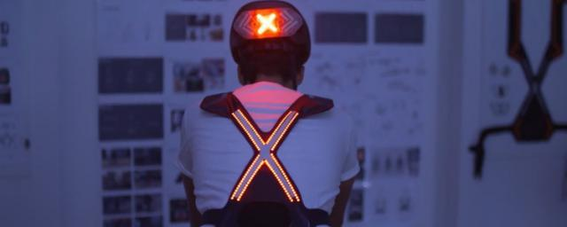 The Coolest Safety Lights for Cycling at Night! Wear Them like a Harness & Helmet